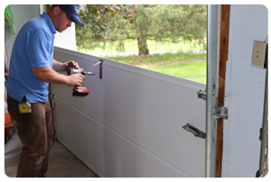 Ordinaire The Expertise Of Garage Door Genius St. Petersburg Chooses No Time When It  Comes To Repairs Needed By Every Household. No Matter The Time Of The Day,  ...